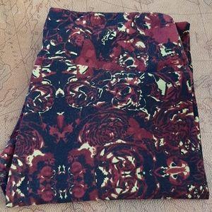 LuLaRoe red flowered leggings OS